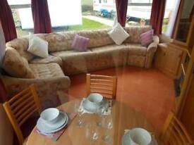 2 bed 12ft static caravan for sale, including 2018 site fees, #1 park in the area - Essex