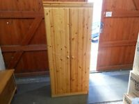 pine narrow double wardrobe. excellent condition. can deliver