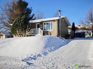 171 000$ - Bungalow à vendre à La Baie Saguenay Saguenay-Lac-Saint-Jean image 2