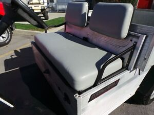 2005 club car Carryall TURF 2  GAS Belleville Belleville Area image 4
