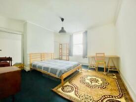 Flat to let in Dalston Hackney.
