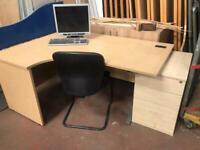 1600mm Left Hand Oak Veneer Desk