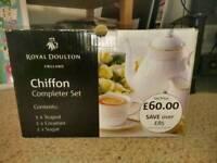 Brand new Royal Doulton Chiffon teapot set