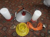 chicken feeders, 2 x chicken drinkers, heat lamp