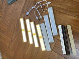 LIGHTS Battery Powered PIR Motion Sensor Led Lamps Bundle of 7x