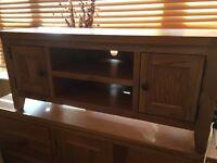 solid oak tv media unit for television or hi fi tv stand 2 door cabinet ex con