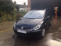 VERY CLEAN LEFT HAND DRIVE PEUGEOT 307, RUNS LIKE NEW, AIRCONDITIONED WITH FULL OPTIONS...CALL ME