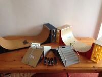 18 piece Tech Deck set with 29 tech deck skateboards