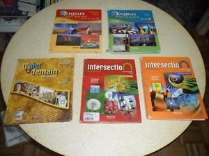 Manuels scolaires secondaire 1, 2 et 3 - NÉGOCIABLES! :-)