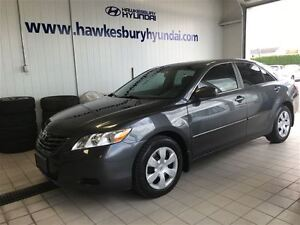 2009 Toyota Camry LE**