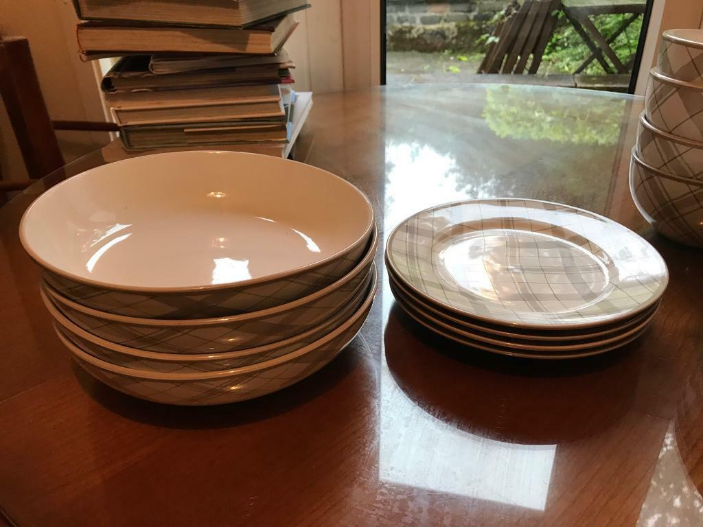 Asda Checked Plaid 16 Piece Dinner Service Set In Bearsden