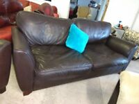 Lovely soft Leather Brown sofa & chairs suite in VGC Delivery Poss