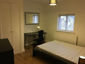 Double ensuite room in great Worcester location