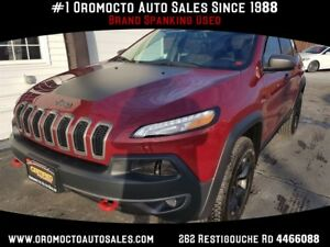 2017 Jeep Cherokee Trailhawk AWD, HEATED LEATHER, NAV, REMOTE ST