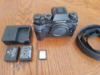 Fujifilm XT1 inc spare battery sandisc 32gb sd card & leather case