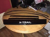 Nissian x-trail wind deflectors and bonnet deflector
