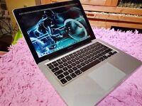 "Apple MacBook Pro 13"" Core i5 - 250 SSD HD - 8 Gb DDr3 Ram"