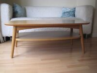 Stylish Retro Coffee Table with Shelf - Based on Mid Century design from the 1960s - Good condition