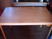 LIGHT WOOD COLOUR DINING TABLE