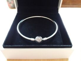 Pandora Bangle, new and unworn, special edition