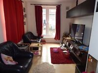 2 Double Bedroom Ground Floor Maisonette - Harrow - Early Novembver