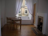 A BRIGHT, SPACIOUS & QUIET DOUBLE BEDROOM FURNISHED FLAT ON 1ST FLOOR