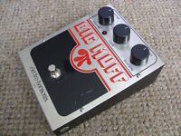 Electro Harmonix Big Muff Pi Distortion/Sustainer fuzz pedal