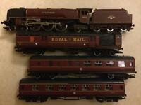 Hornby Railway set, around 20 years old, fairly large.