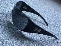 Genuine d&g sunglasses (dolce &gabbana)