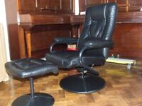 RECLINER CHAIR AND MATCHING FOOT STOOL EXCELLENT CONDITION FREE EDINBURGH DELIVERY
