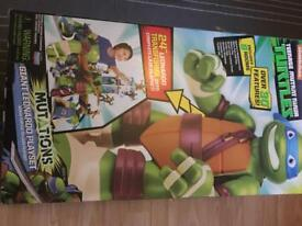 Tmnt sewer and giant leo