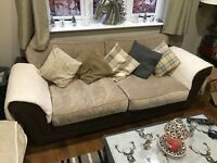 Fantastic well made stylish fabric cream and brown sofa. Delivery possible!