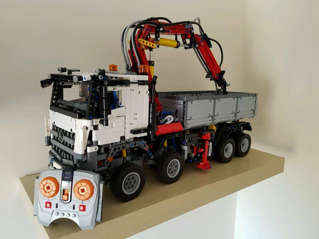 lego technic mercedes benz arocs model 3245 remote. Black Bedroom Furniture Sets. Home Design Ideas