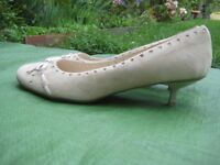 Pair of New Ravel Ivory Coloured Suede Shoes - Size 7/40