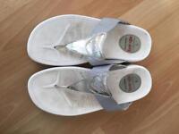 Ladies Sketchers Tone-Up walking sandals flip flops UK 5