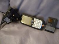 light weight compact nokia 2610 mobile phone with two batterys,does not work,hence only £5.