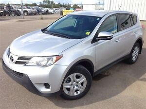 2015 Toyota RAV4 LE -AWD- LOW KMS