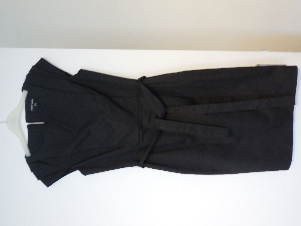 Lovely smart black Warehouse dress Size 6-8/Small, like new, offers accepted