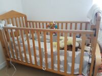 Solid wooden Mamas &Papas Cotbed
