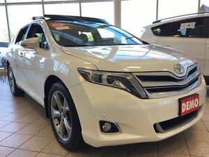 2016 Toyota Venza Limited - Fully Loaded, Panoramic Moonroof!