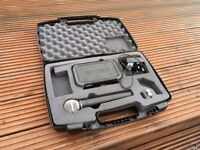 Shure Beta 58 Wireless Microphone with Receiver and Hard Case