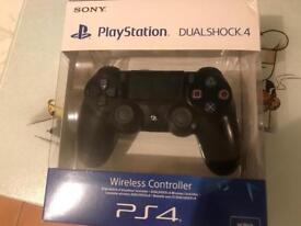 Ps4 v2 controller boxed £32