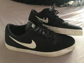 Size 9 SB Nike trainers