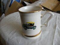 Prince William Pottery 1pt ceramic vintage car tankard with gilt banding