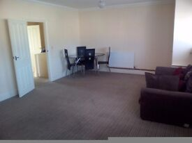 Large 4 bed flat