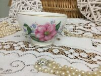 REDUCED Vintage Diamond China Made in England Beautiful rose 22k Sugar Bowl