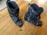 Rossignol ski boots 305 size 11. Used for 1 week. Rossignol soft