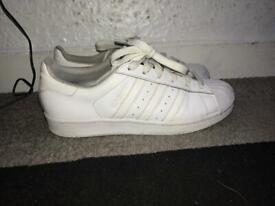 bf6cb3fbc99 Gucci Ace Bee Trainers Size 6