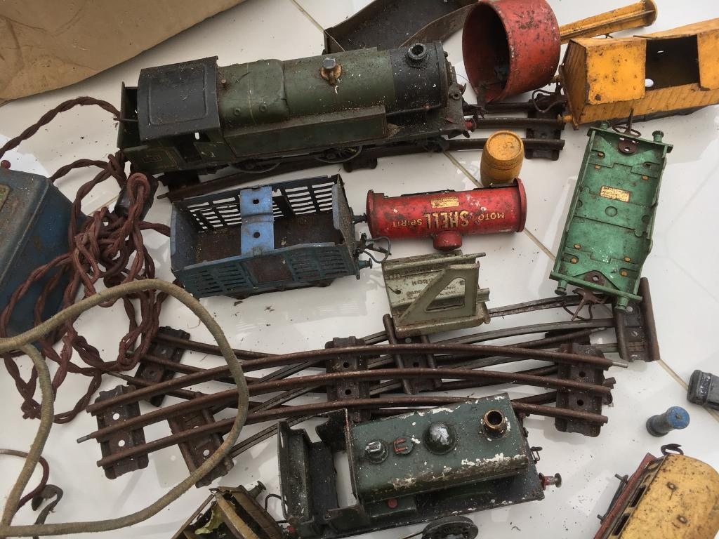 Hornby train parts