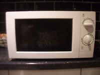 George Home 700w Microwave oven